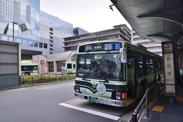 2019_0210_162452 京都駅前