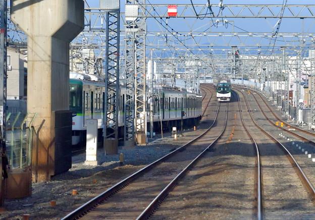 2019_0224_162904 送り込み中の電車