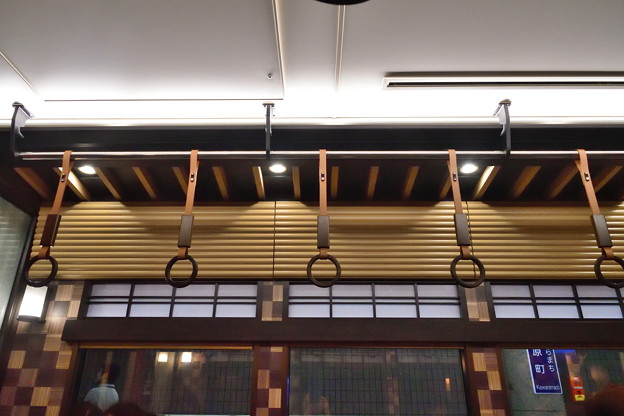 2019_0609_104304 簾