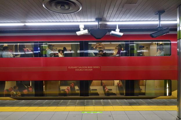 2019_0915_132714 京阪8000系8800形 ダブルデッカー