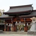 写真: 堂々たる佇まい 神戸・湊川神社
