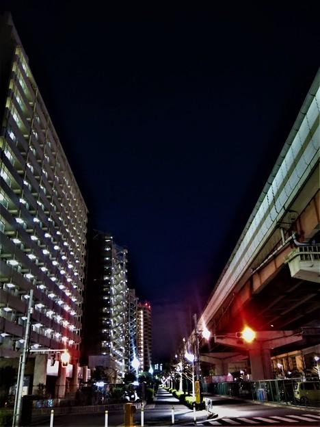 写真: 街の灯り