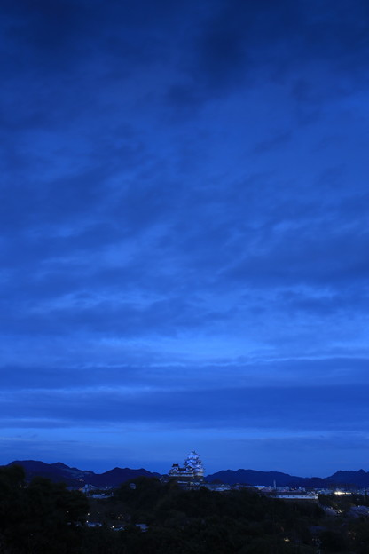 ブルーモーメントと青いお城