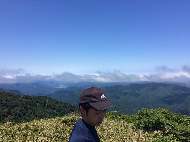 M野と雲海