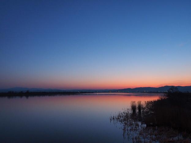 夜明けの河北潟