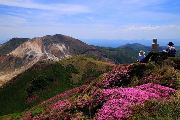 ☆三俣西峰越しの星生山