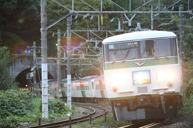 ハイビームな湘南ライナー回送列車