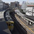 Photos: 新井薬師前駅を通過する急行