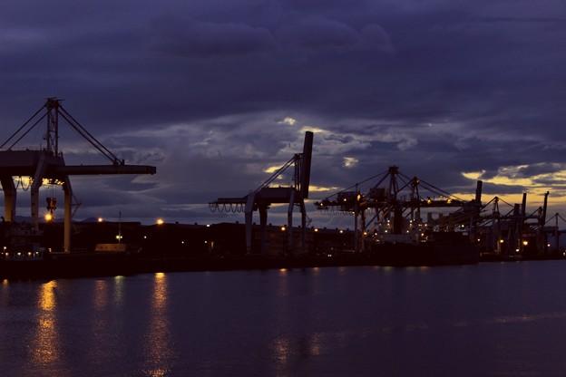 夕暮れの工業地帯 3