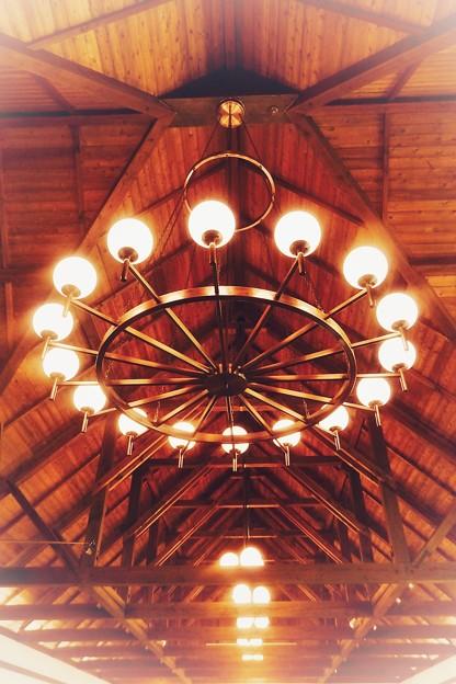 照明と屋根