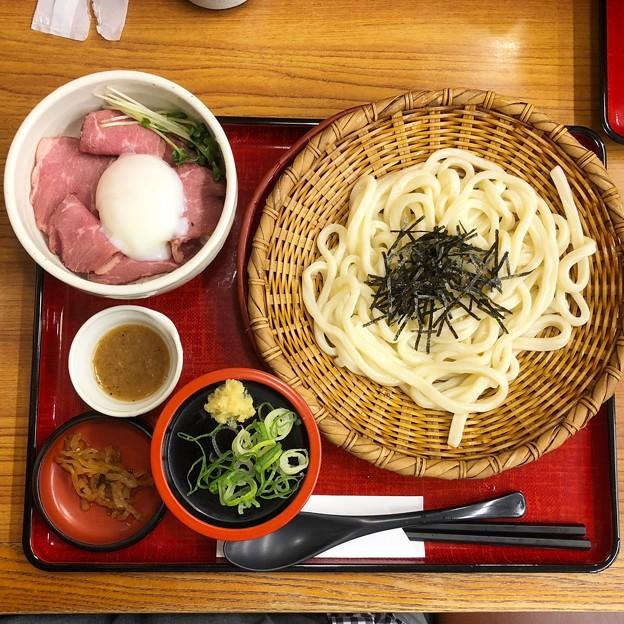 ローストビーフ丼定食