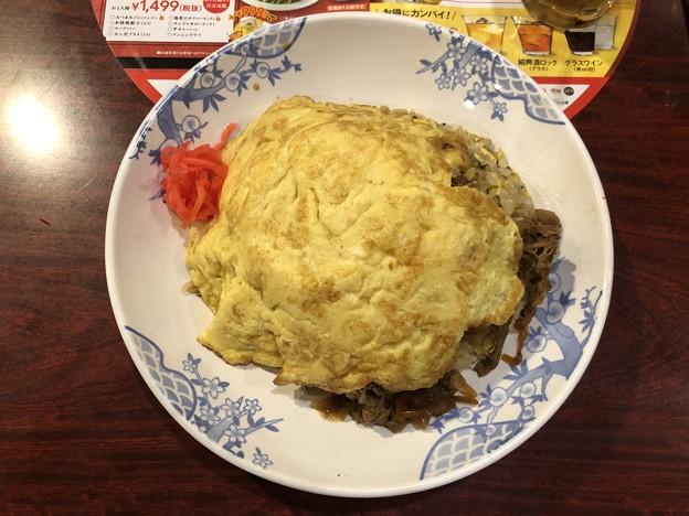 Photos: ふんわり玉子の肉盛ほうれん草チャーハン