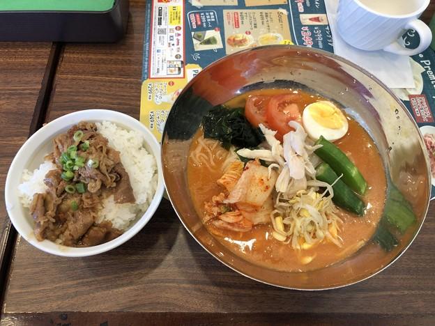 本格!盛岡冷麺&焼肉丼