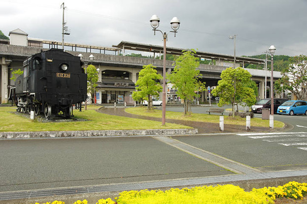 s6300_内子駅全景