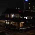 s6524_道後温泉本館夜景