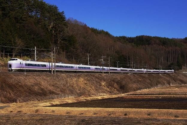 s3500_中央東線19Mスーパーあずさ19号_JR東E351系_すずらんの里_td