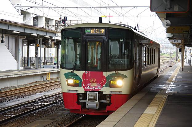s7099_えちごトキめき1639D直江津行_ET-122-8_糸魚川