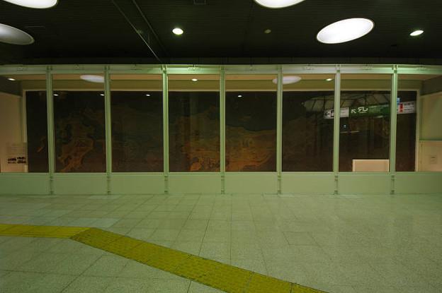 s0307_東京駅RTOレリーフ_正面