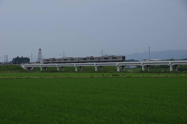 s3532_常磐線普通列車251M新地駅を出発_旧新地駅付近から