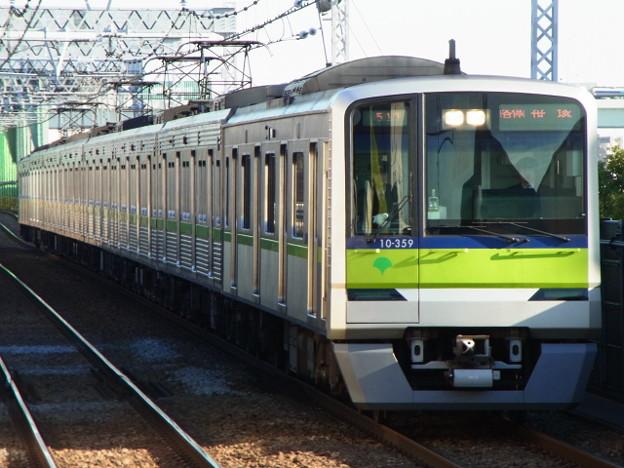 Photos: 都営新宿線 普通笹塚行 RIMG5302