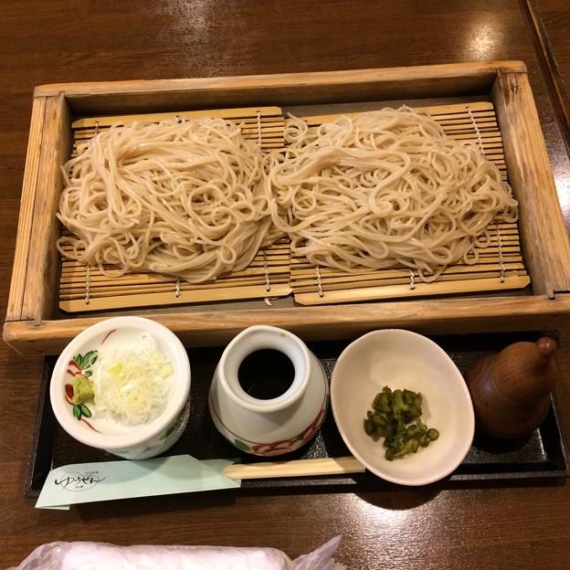 山形駅前で夕食、そば。