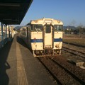 Photos: 志布志駅に停車中の普通列車