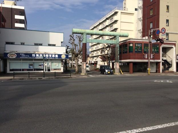 宮崎神宮 駅からの参道