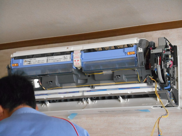写真: 空調機フィルターお掃除メカ交換
