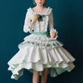 写真: 紙粘土人形マーガレット正面
