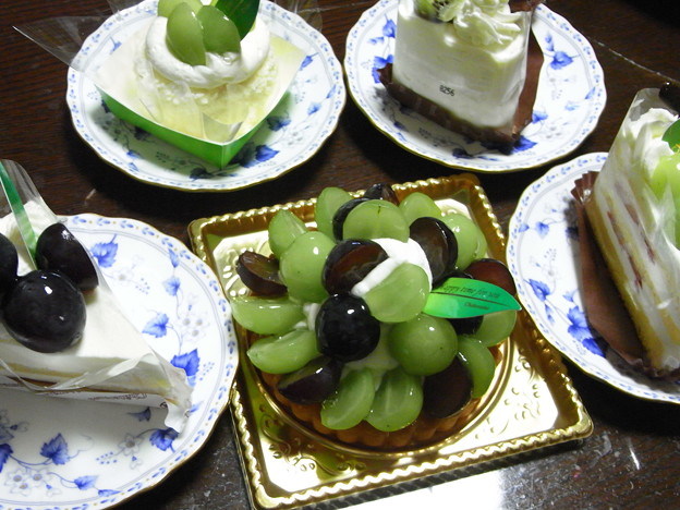 Photos: ブドウのケーキ5種