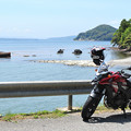 Photos: 穴水町沖波から海を見ながら休憩中