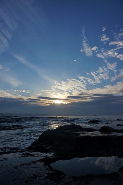 Photos: 江ノ島からの日の出2