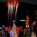 写真: USJクリスマスツリー点灯