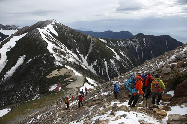 日本の山 雪山講習会S2 常念岳 常念小屋に下ります