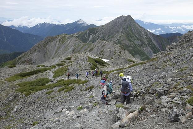 日本の山 間ノ岳、北岳2日間 間ノ岳を越えて