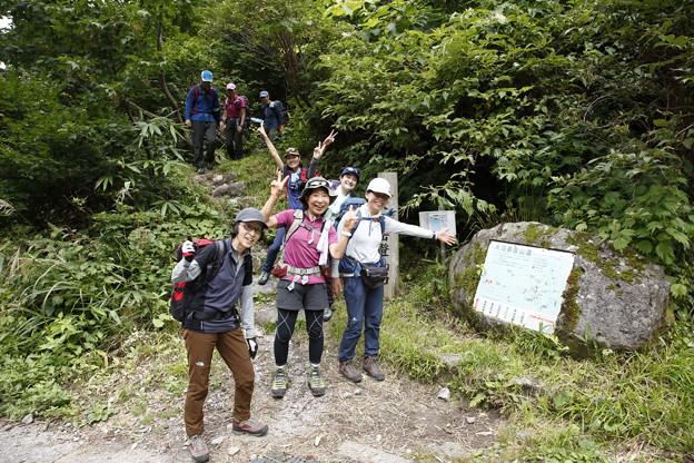 日本の山 立山スペシャル 大日三山縦走 無事に称名の滝へ下山です