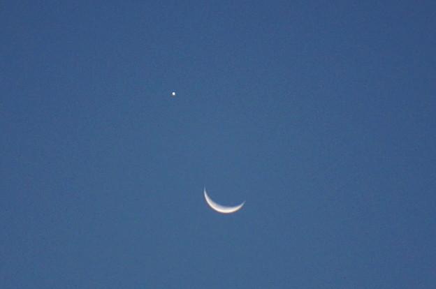 月と明けの明星?