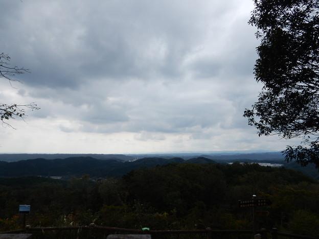 多峯主山南側