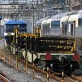 写真: レール輸送列車