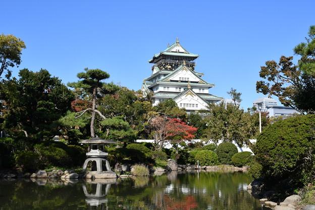 日本庭園と大阪城