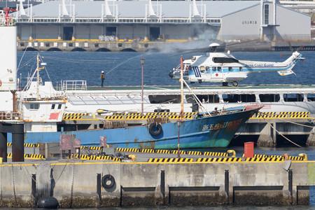 中国サンゴ密漁船が写ってた