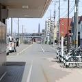 Photos: 厚別駅を背に100年記念塔方面