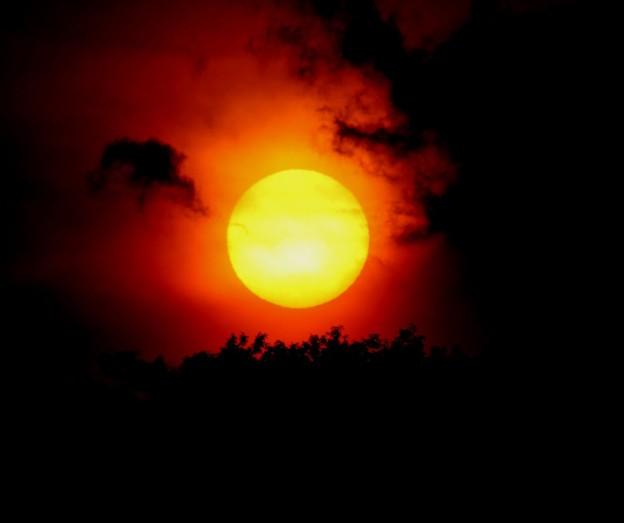 日没の太陽3
