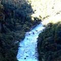 放水後の黒部川の流れ