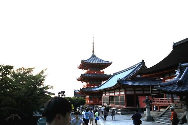 寺院よりの五重塔