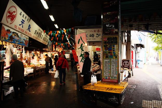 福岡8-柳橋連合市場(場内場外)