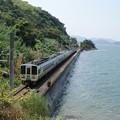 Photos: 瀬戸内海と鉄道