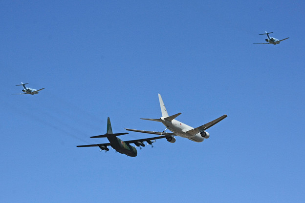 Photos: KC-767&C-130H  U-125A 異機種編隊飛行 2014年 IMG_9130_2