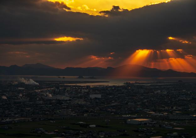 写真: 夕陽(18:01)