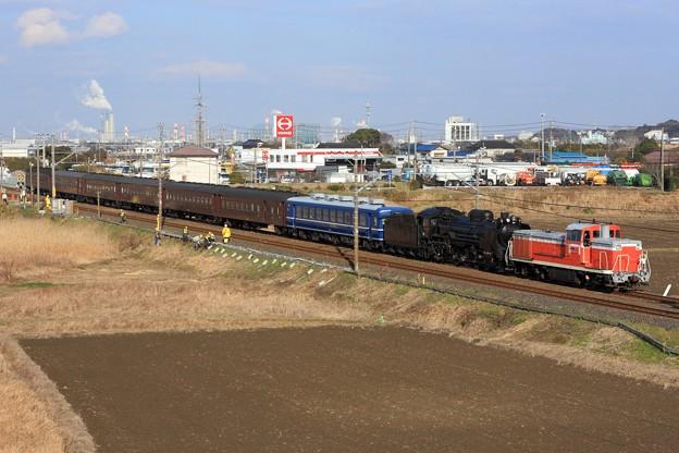 配9127レ DE10 1752+D51 498+オヤ12-1+旧型客車 6両